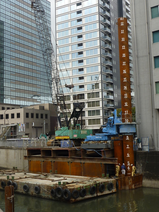 神田川整備工事に伴う小石川橋架替工事(下部工)